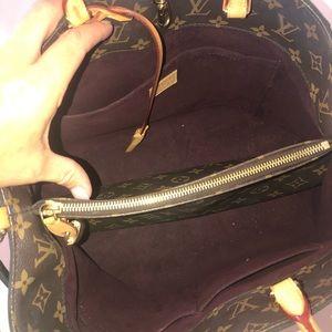 Louis Vuitton Bags - Authentic Louis Vuitton Montaigne GM